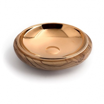 Concave paten in olive wood...